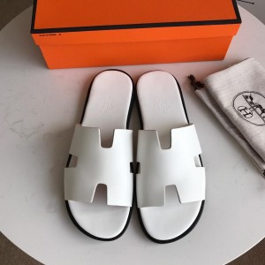 Hermes Luxury Slippers WS032822