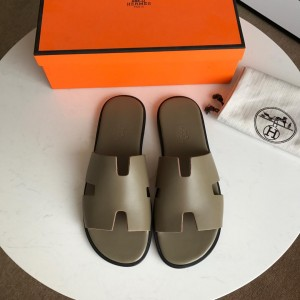 Hermes Luxury Slippers WS032823