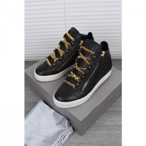 High Quality Giuseppe Zanotti Black And Gold Chain London Birel Sneakers